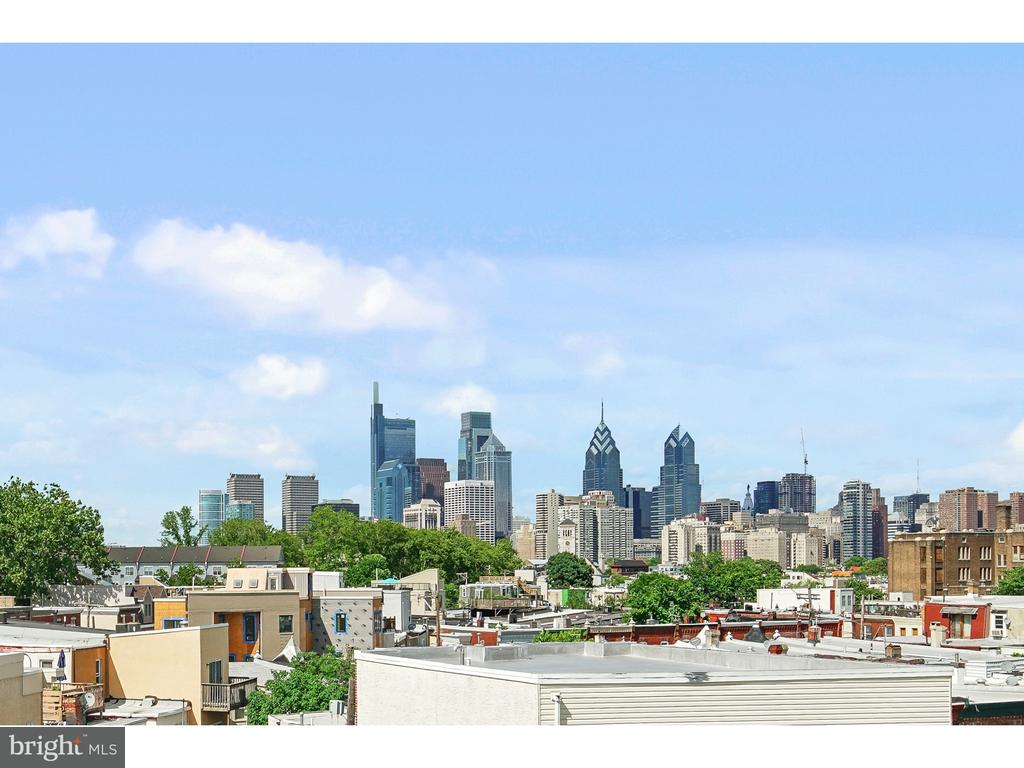 2529 GRADUATE SQUARE, PHILADELPHIA, PA 19146, 3 Bedrooms Bedrooms, ,3 BathroomsBathrooms,Residential,For Sale,GRADUATE,1001805520