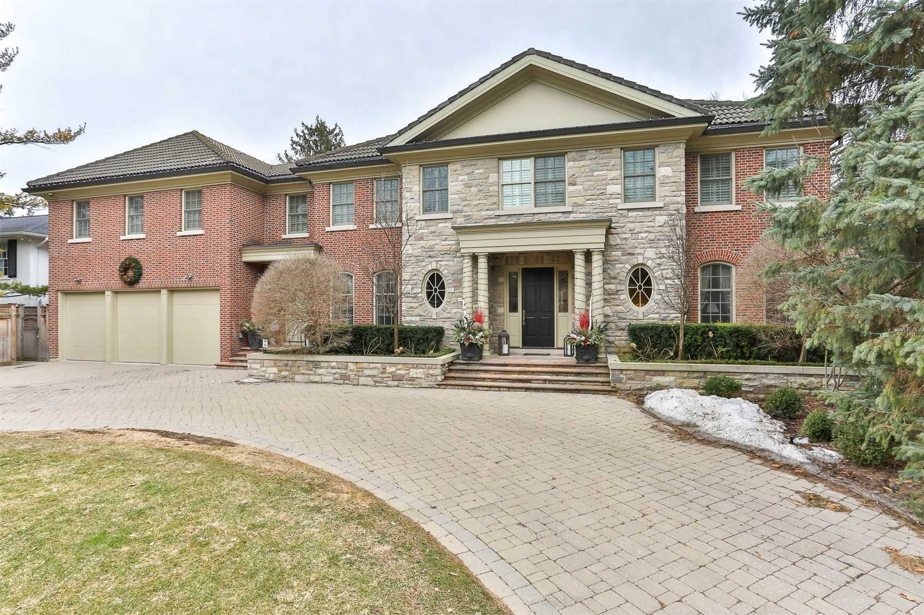 15 Valleyanna Dr, Toronto, Ontario M4N1J7, 6 Bedrooms Bedrooms, 13 Rooms Rooms,11 BathroomsBathrooms,Detached,For Sale,Valleyanna,C5164120