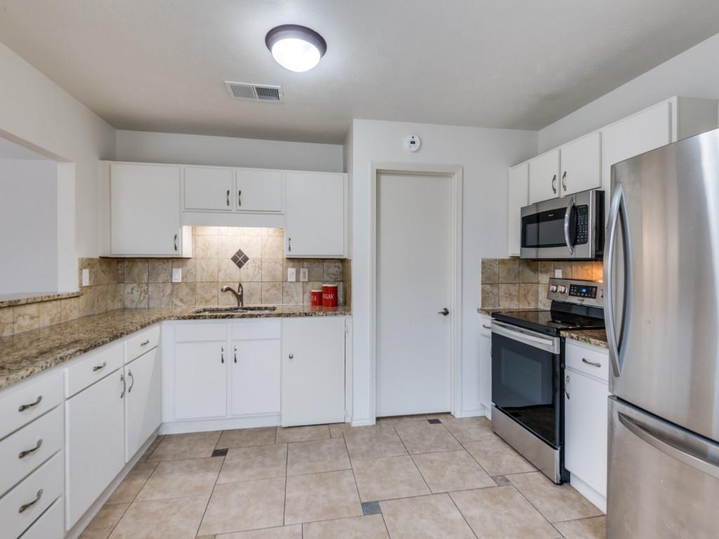 4522 Nervin Street The Colony Texas 75056 For Sale Price 238 00 Delahn Realty
