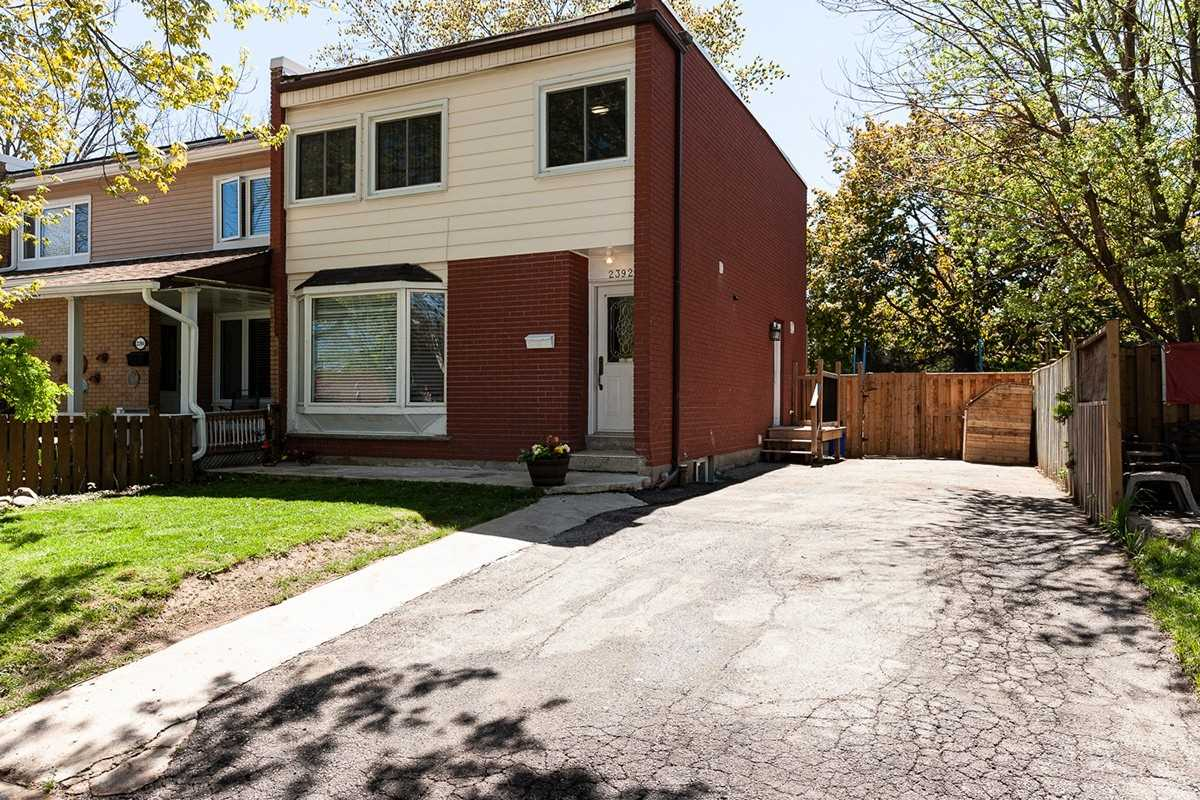 2392 Maryvale Crt, Burlington, L7P2P2, 3 Bedrooms Bedrooms, ,3 BathroomsBathrooms,Att/Row/Twnhouse,For Sale,Maryvale,W4767551