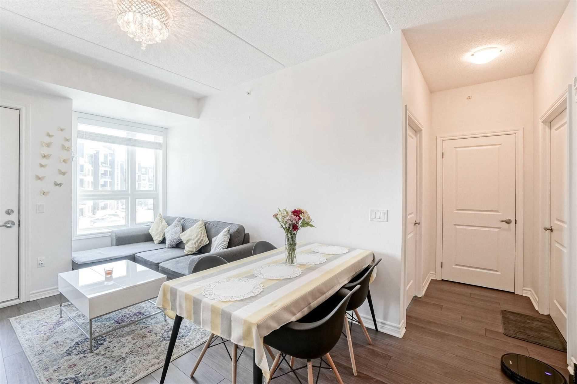 620 Sauve St, Milton, Ontario L9T9A5, 2 Bedrooms Bedrooms, ,2 BathroomsBathrooms,Condo Apt,For Sale,Sauve,W5272759