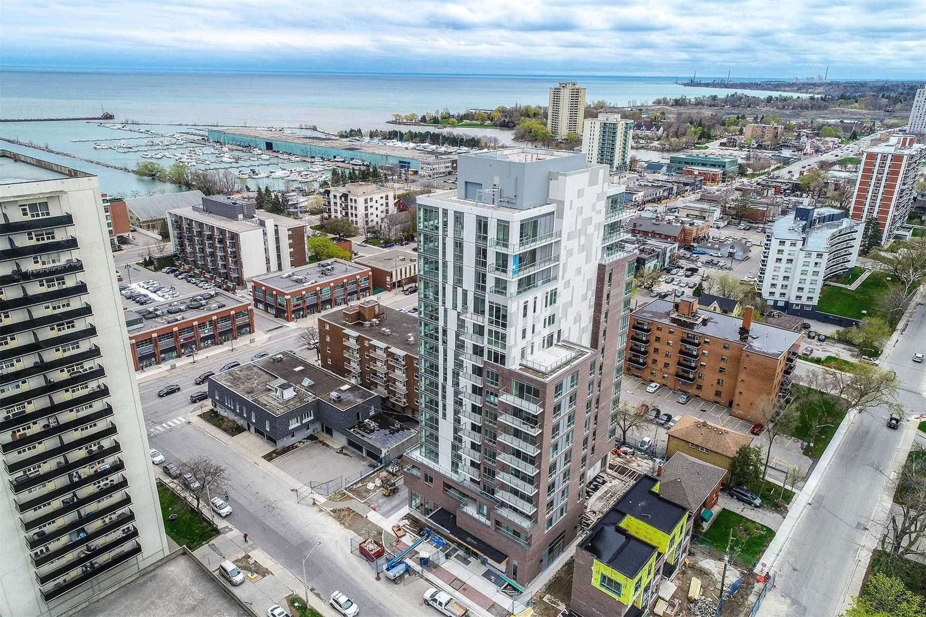 8 Ann St, Mississauga, Ontario L5G 3E6, 2 Bedrooms Bedrooms, ,2 BathroomsBathrooms,Condo Apt,For Lease,Ann,W5220846