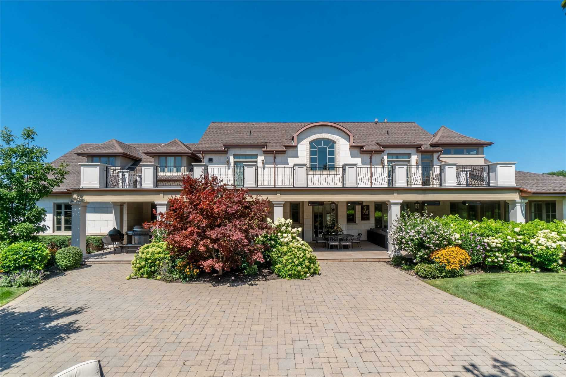 2594 Bluffs Way, Burlington, Ontario L7M0T8, 4 Bedrooms Bedrooms, 11 Rooms Rooms,6 BathroomsBathrooms,Detached,For Sale,Bluffs,W5151722