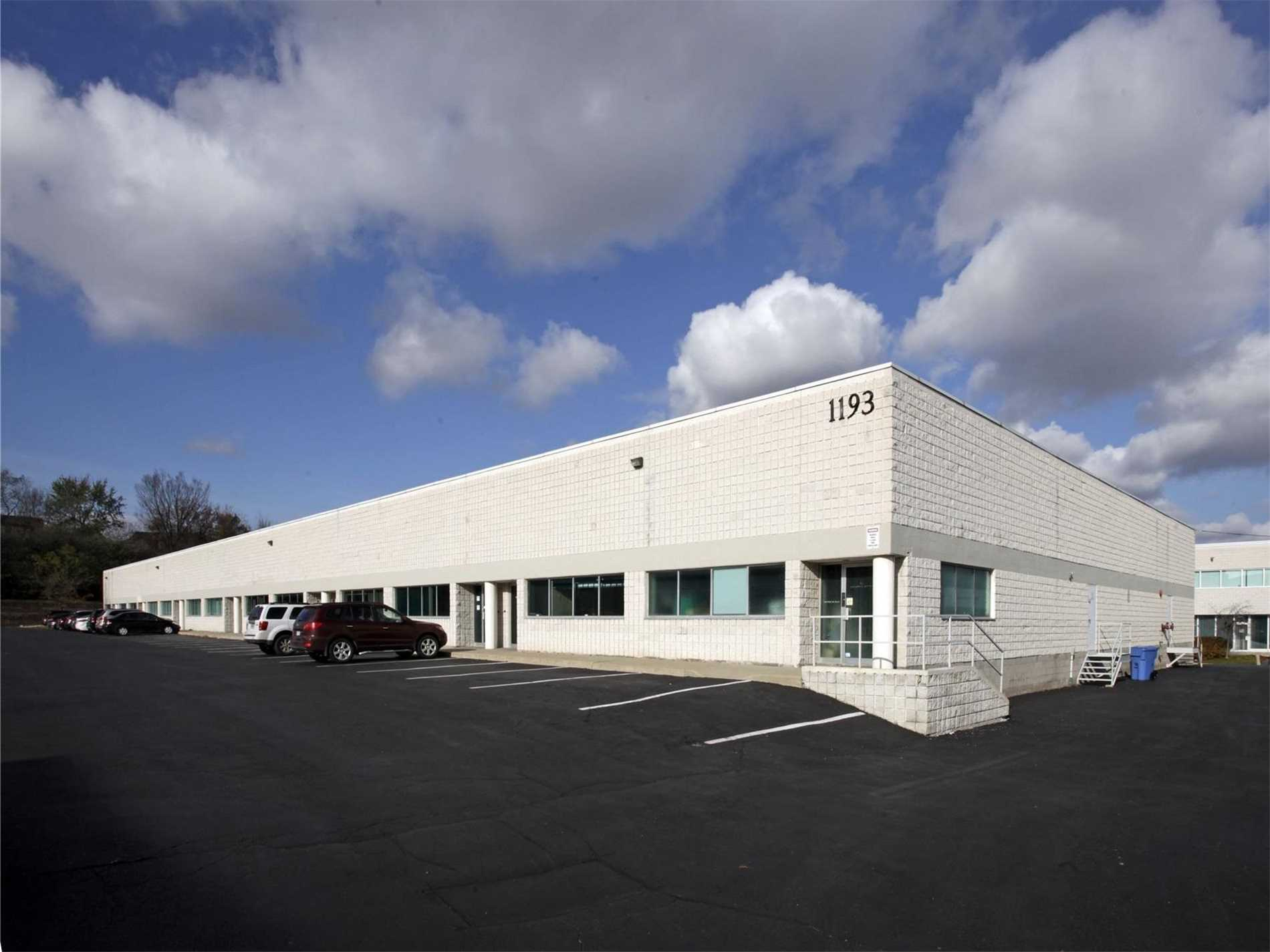 1193 North Service Rd, Oakville, L6M2V8, ,Industrial,For Lease,North Service,W4738182