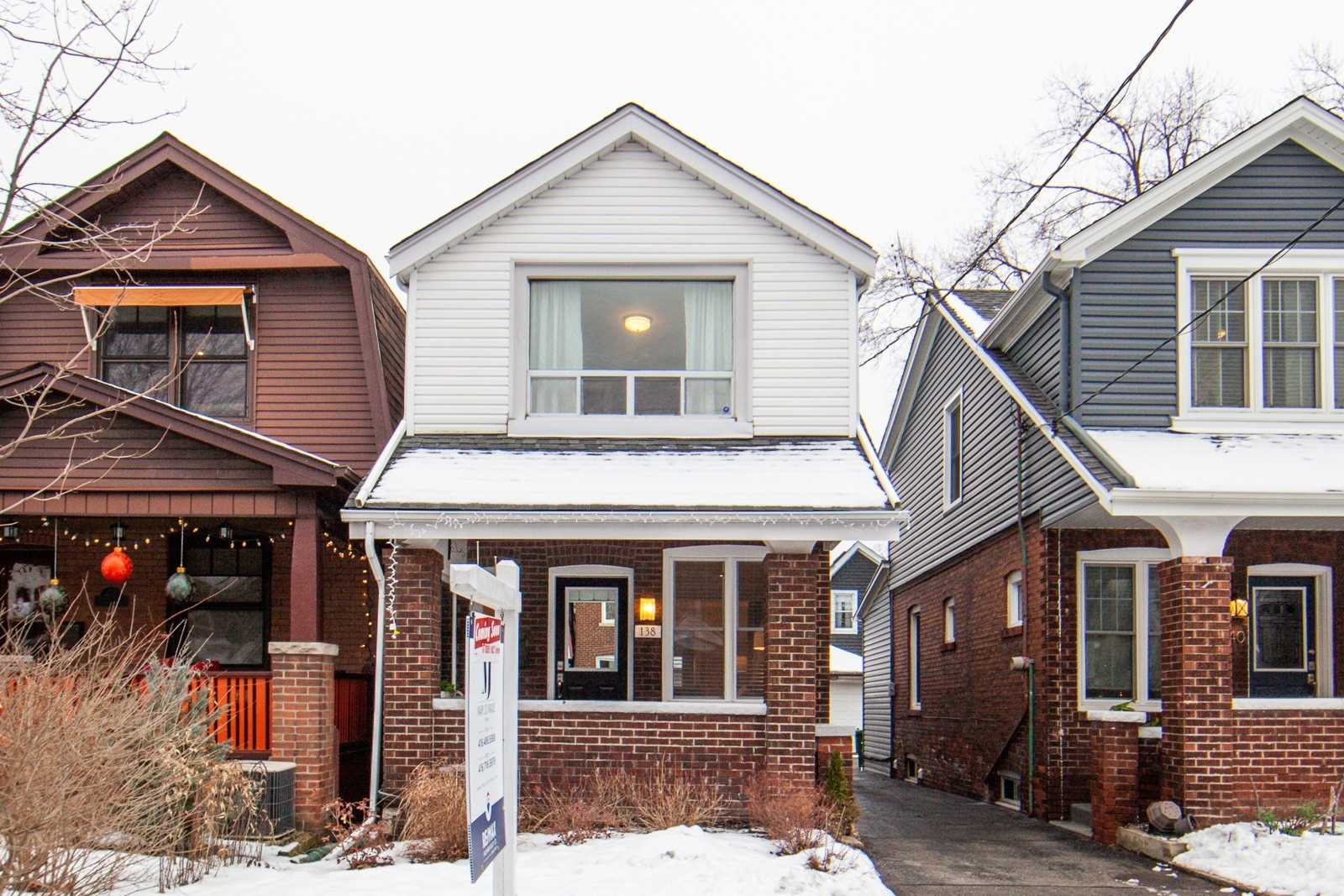 138 Woodmount Ave, Toronto, Ontario M4C3Y8, 3 Bedrooms Bedrooms, 7 Rooms Rooms,3 BathroomsBathrooms,Detached,For Sale,Woodmount,E5093037