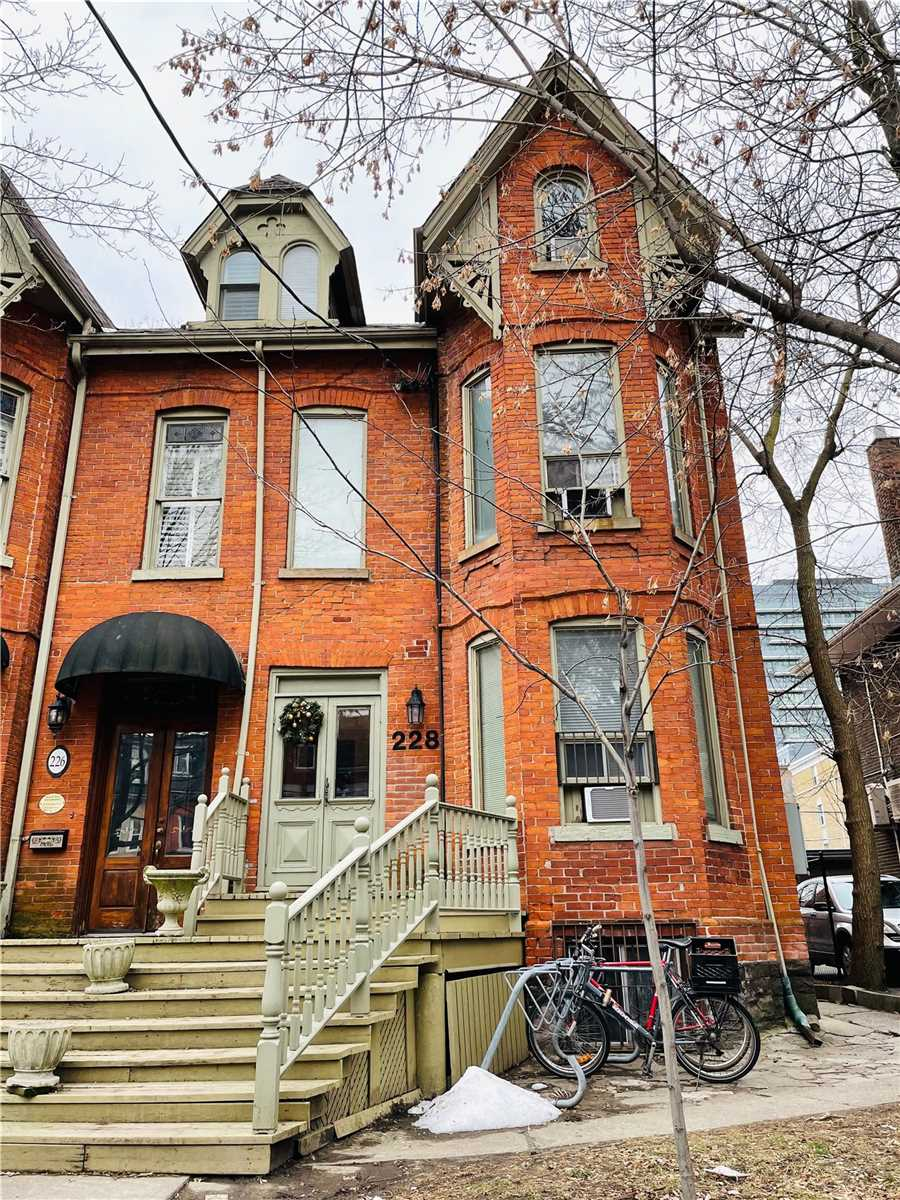 228 Beverley St, Toronto, Ontario M5T1Z3, 9 Bedrooms Bedrooms, 13 Rooms Rooms,12 BathroomsBathrooms,Semi-detached,For Sale,Beverley,C5078229