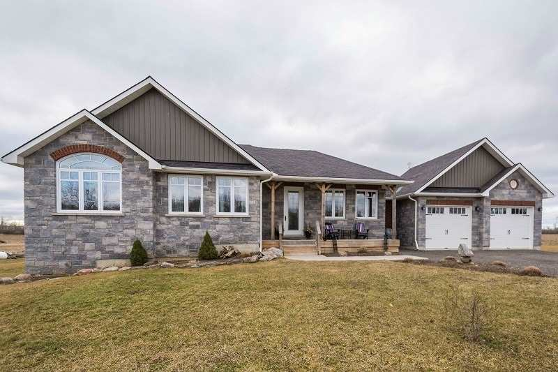 697 Hamilton Rd, Quinte West, Ontario K8N4Z5, 3 Bedrooms Bedrooms, ,3 BathroomsBathrooms,Detached,For Sale,Hamilton,X5183551