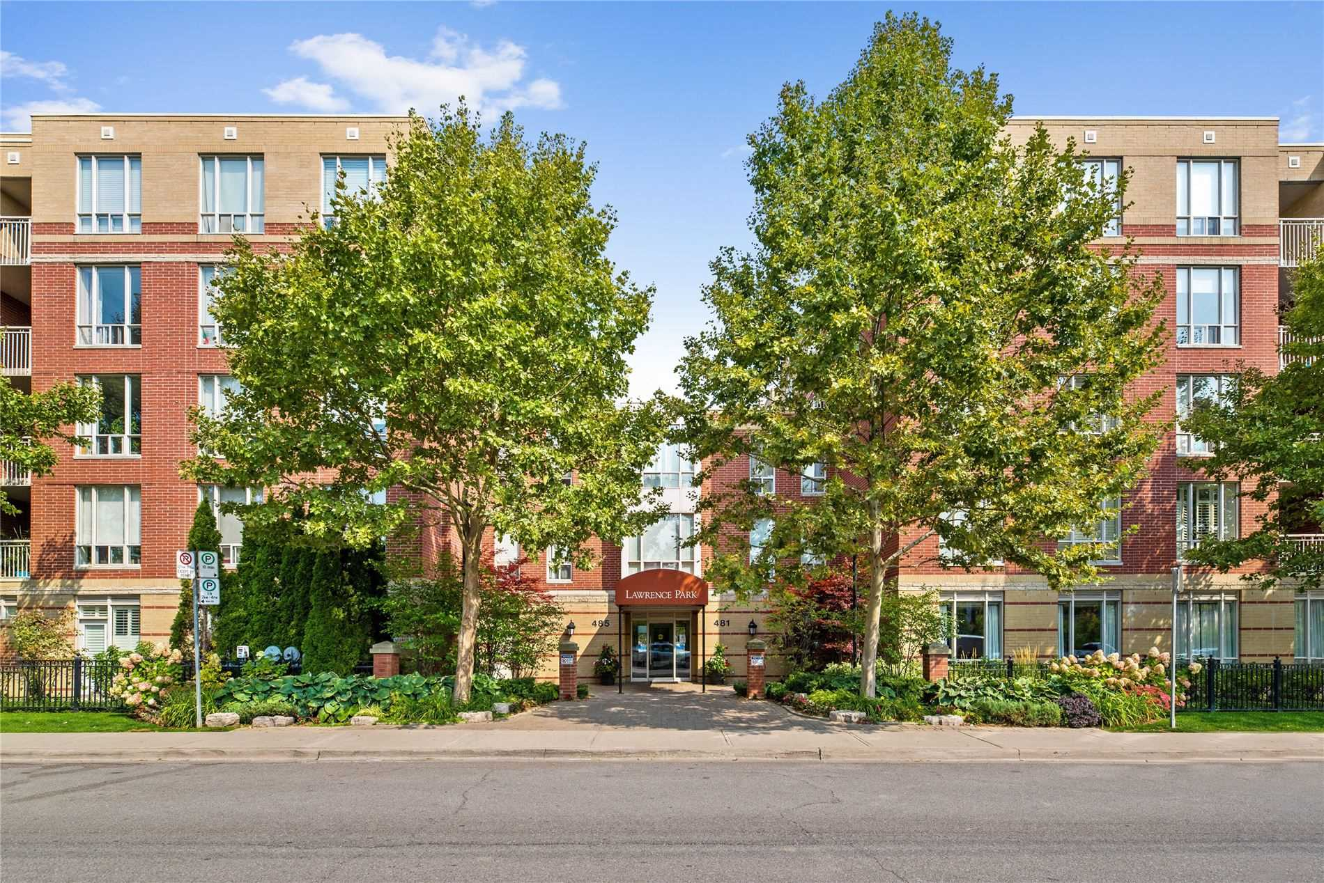 485 Rosewell Ave, Toronto, Ontario M4R 2J2, 2 Bedrooms Bedrooms, 7 Rooms Rooms,2 BathroomsBathrooms,Condo Apt,For Sale,Rosewell,C4949255