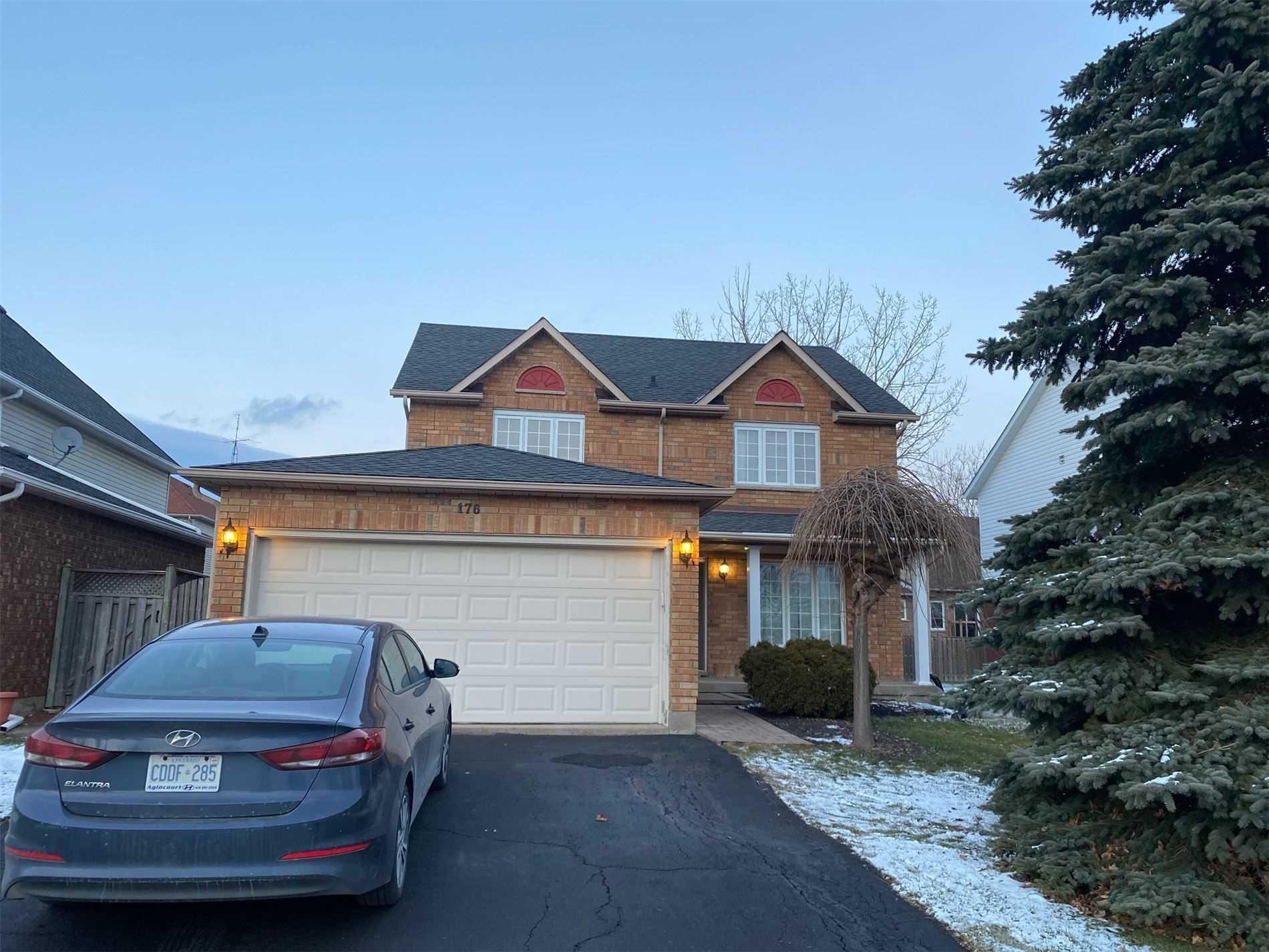 176 Confederation Ave, Thorold, Ontario L2V 5A6, 4 Bedrooms Bedrooms, ,3 BathroomsBathrooms,Detached,For Lease,Confederation,X5166159