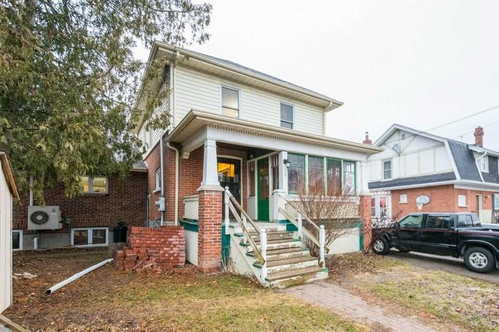 30 Howard St, Belleville, Ontario K8P 3S9, 4 Bedrooms Bedrooms, ,2 BathroomsBathrooms,Detached,For Sale,Howard,X5163795