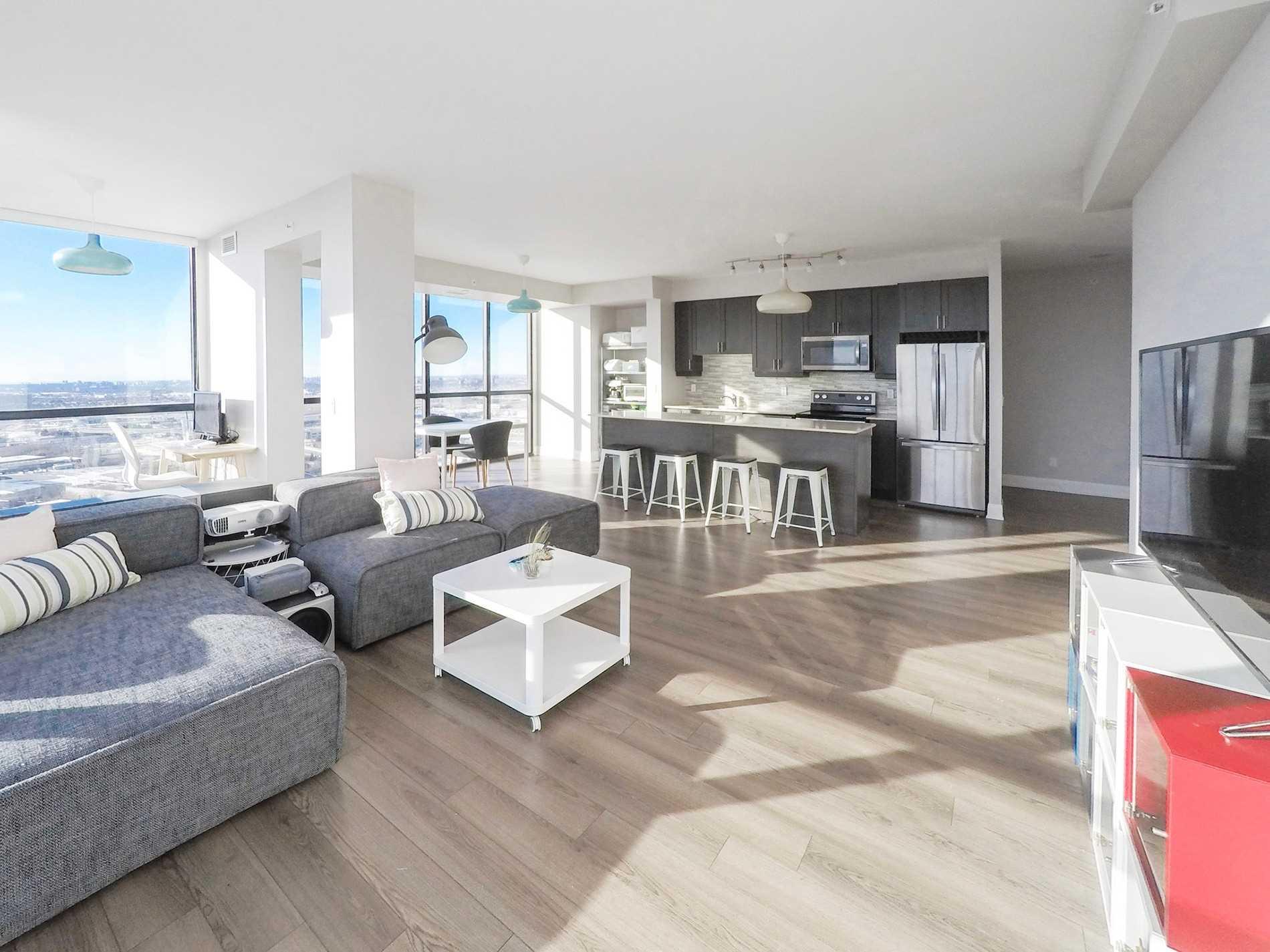 2900 Highway 7 Rd, Vaughan, Ontario L4K 0G3, 2 Bedrooms Bedrooms, 6 Rooms Rooms,2 BathroomsBathrooms,Condo Apt,For Sale,Highway 7,N5178054